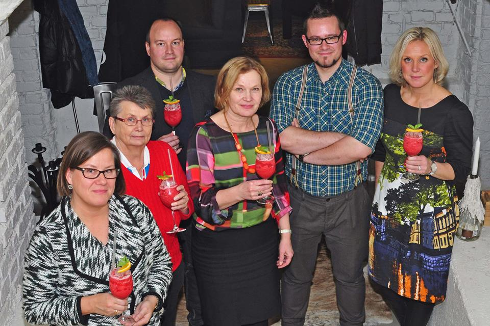 Kuvassa vasemmalta: Elina Pirjatanniemi, Eevi Raunio, Ville Mäkelä, Riitta Monto, Markus Sillanpää ja Satu Alanen