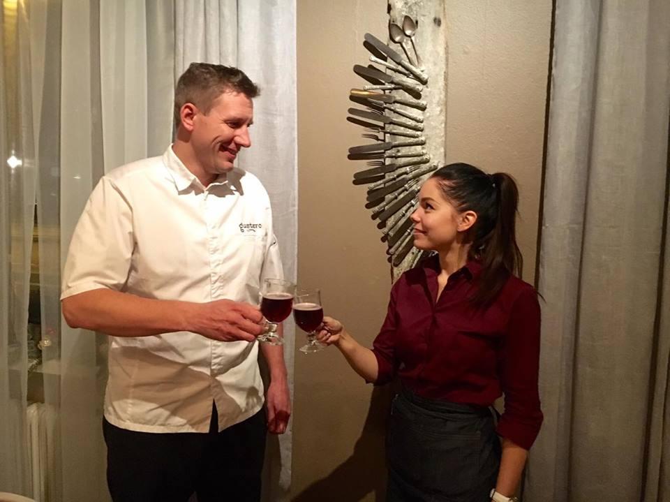 Gustavon ravintoloitsija Markus Rautala sekä ravintolapäällikkö Anu Jokiaho.